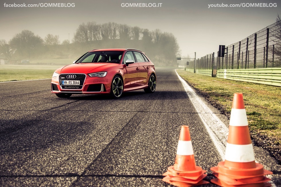 Nuova Audi RS 3 Sportback – La GALLERIA IMMAGINI COMPLETA 1
