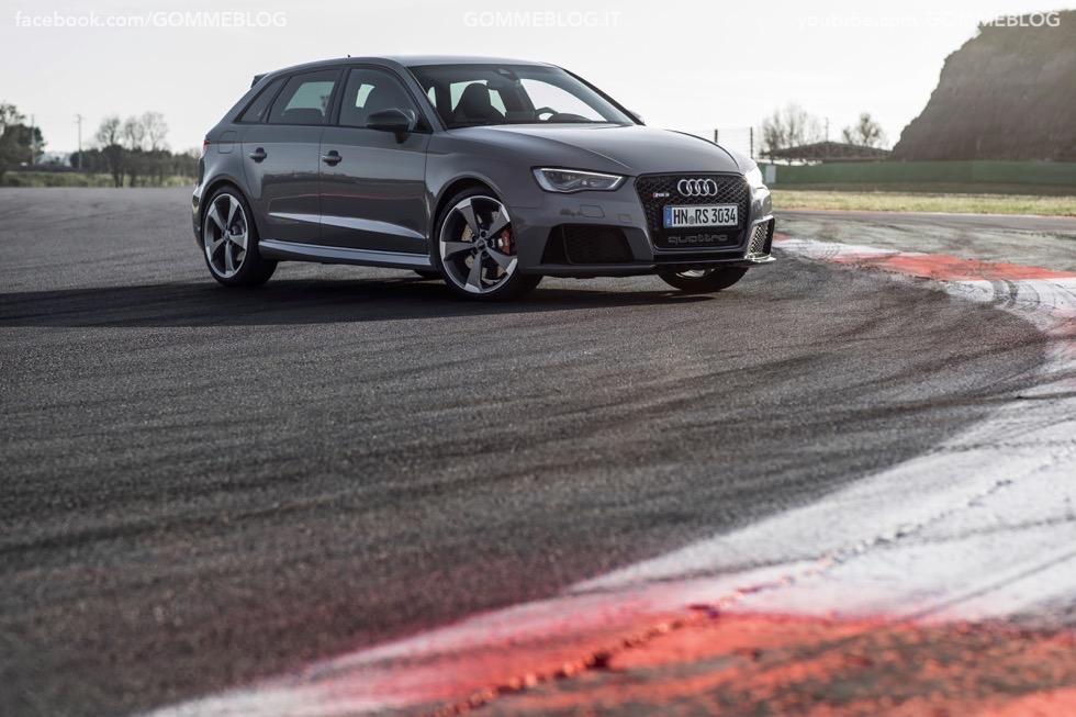 Nuova Audi RS 3 Sportback – La GALLERIA IMMAGINI COMPLETA 30
