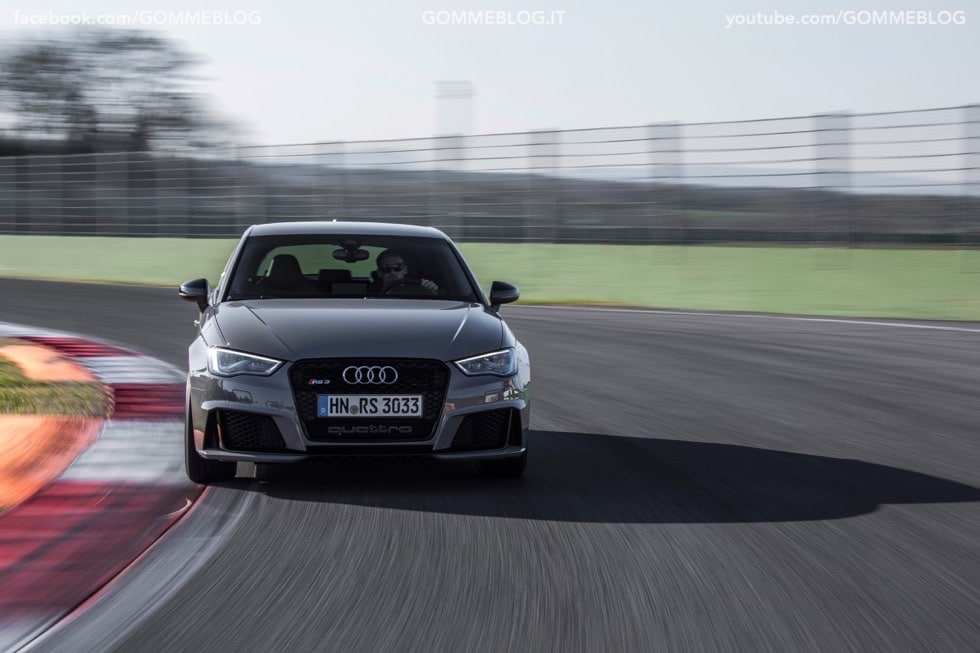 Nuova Audi RS 3 Sportback – La GALLERIA IMMAGINI COMPLETA 31