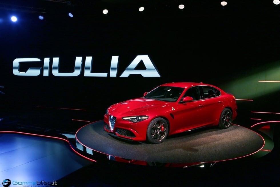 Alfa Romeo Giulia: La Meccanica delle Emozioni 1