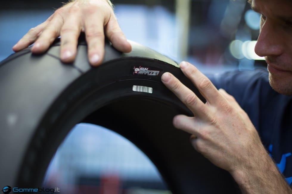TT Tourist Trophy 2015: Guy Martin e METZELER RACETEC RR Special Edition 9