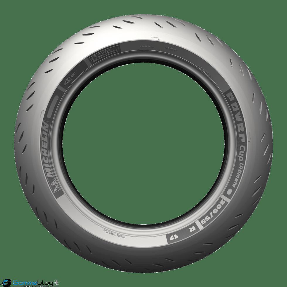 Michelin Power Cup Ultimate: La Pista è il Suo Regno 5
