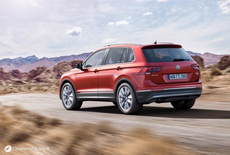 Volkswagen Tiguan 2016: La Galleria Immagini Completa 11