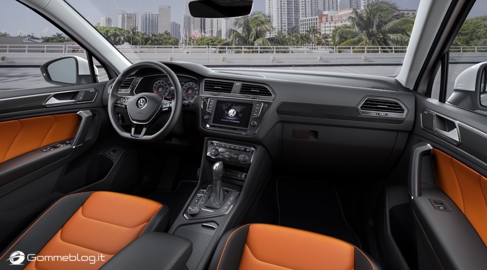 Volkswagen Tiguan 2016: La Galleria Immagini Completa 3