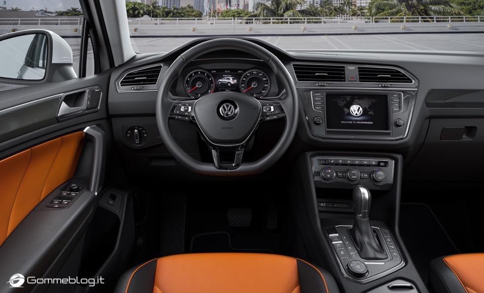 Volkswagen Tiguan 2016: La Galleria Immagini Completa 4