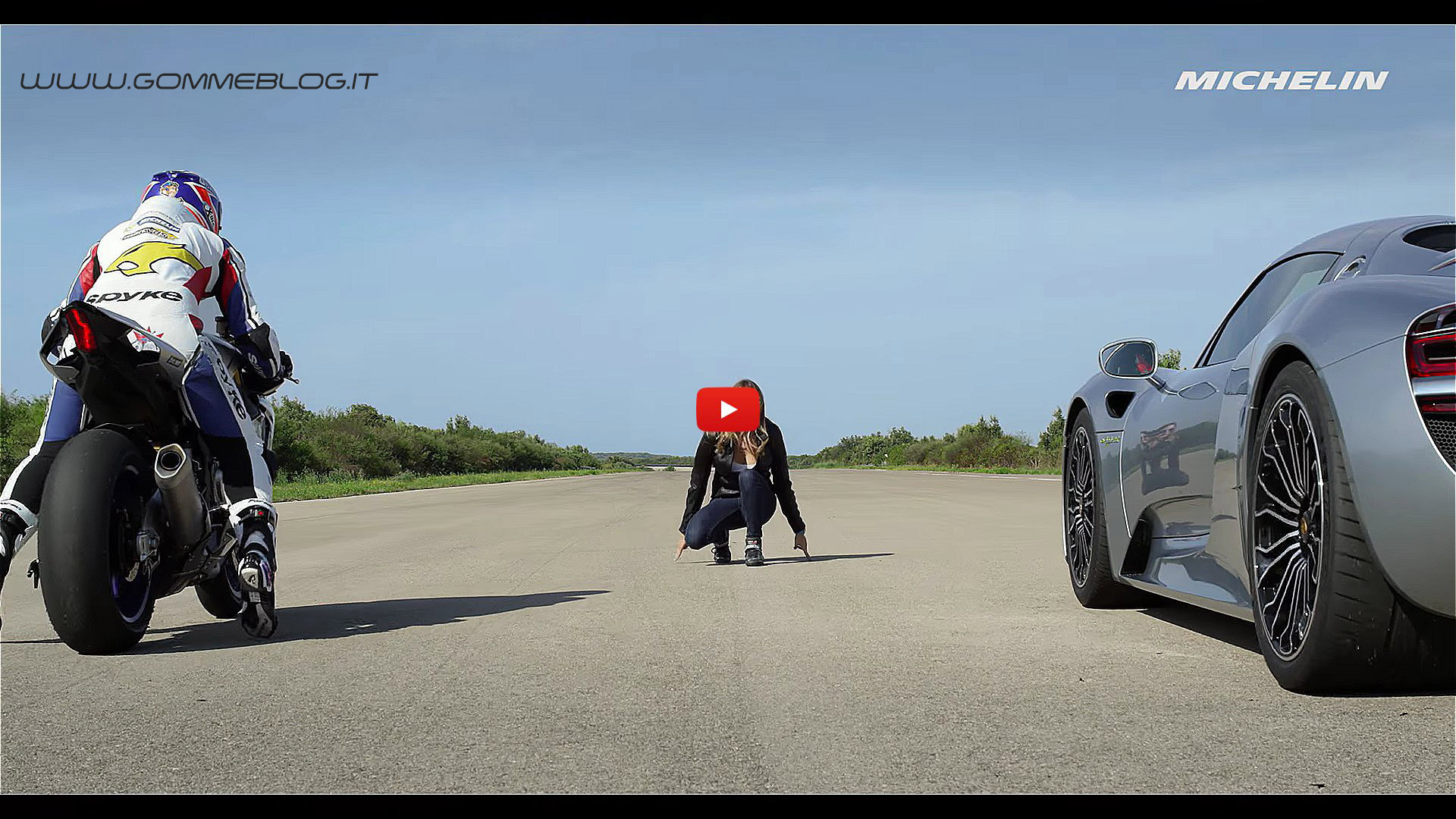 Porsche 918 Spyder VS Yamaha YZF R1 - VIDEO - Michelin #WeAreAllRacers 2