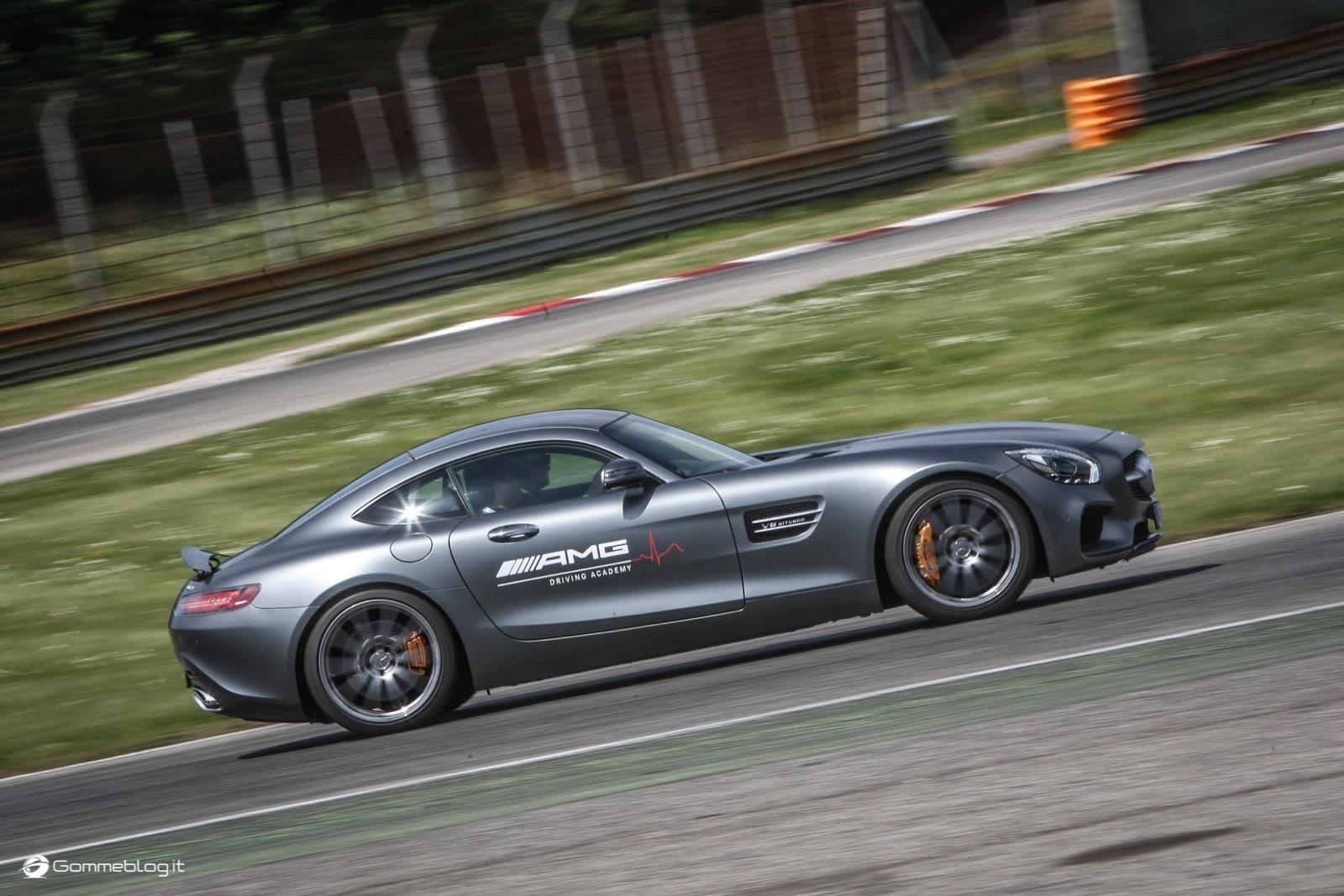 AMG Driving Academy, il Corso di Guida Sportiva Top Performance 21
