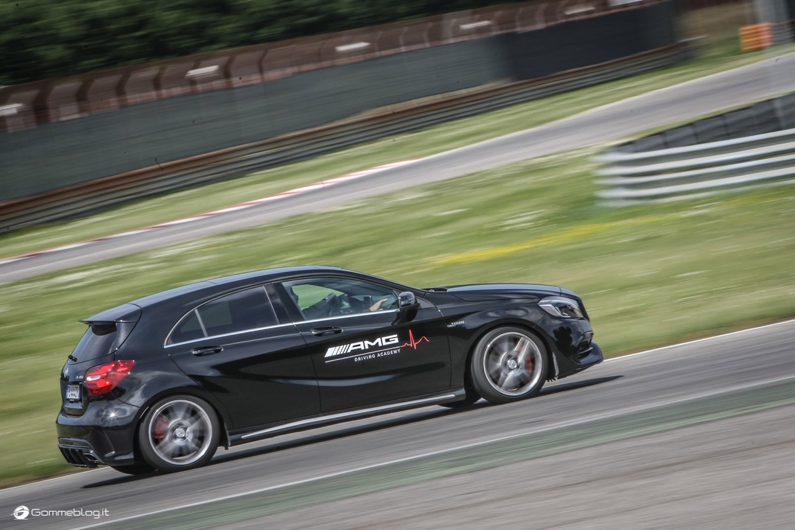 AMG Driving Academy, il Corso di Guida Sportiva Top Performance 22