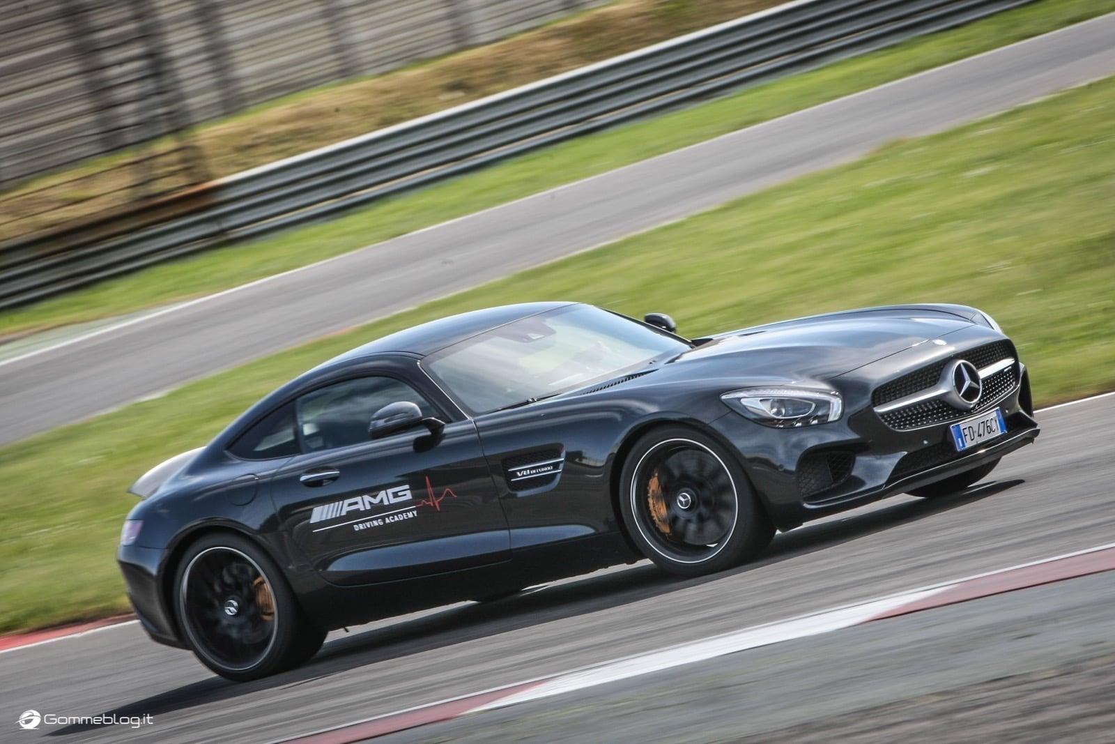 AMG Driving Academy, il Corso di Guida Sportiva Top Performance 23