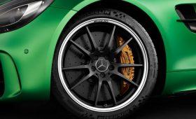 AMG GT R: 585 CV da domare con Pneumatici Michelin Pilot Sport Cup 2