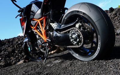 Gomme Moto: gli italiani montano solo le migliori. Per l'auto invece si risparmia