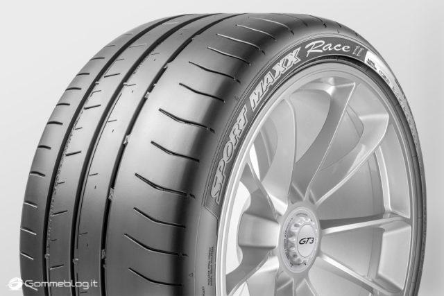 Nuova Porsche 911 GT3 calza Pneumatici Dunlop Sport Maxx Race 2 1