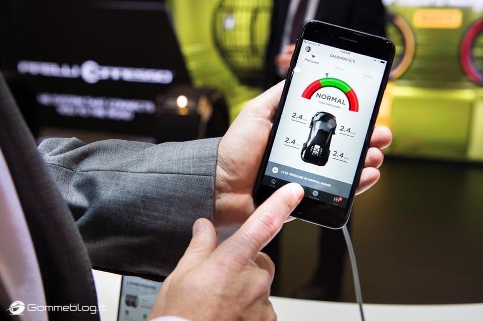 Pirelli Connesso: nuova gomma auto intelligente e connessa allo smartphone