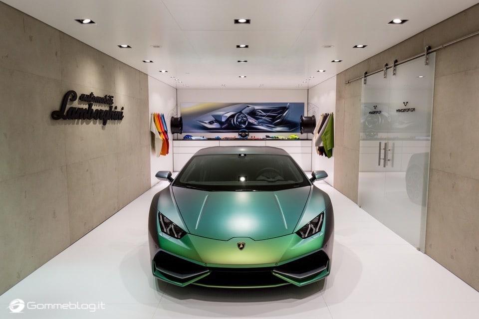 Lamborghini Huracan Performante e Pirelli: Nurburgring Record 4