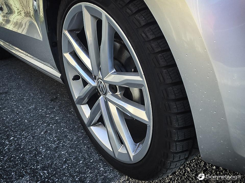 Pneumatici Invernali VW Polo: Test Gomme Pirelli Sottozero 3 6
