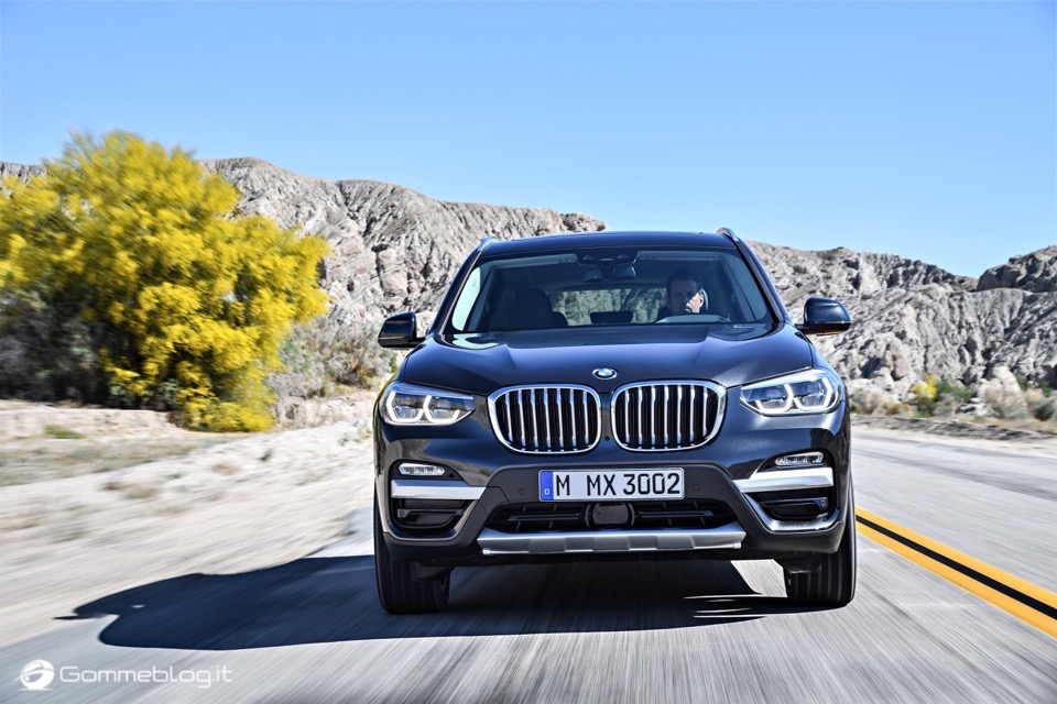 Nuova BMW X3 2017: Carratteristiche, Interni Esterni [VIDEO] 29