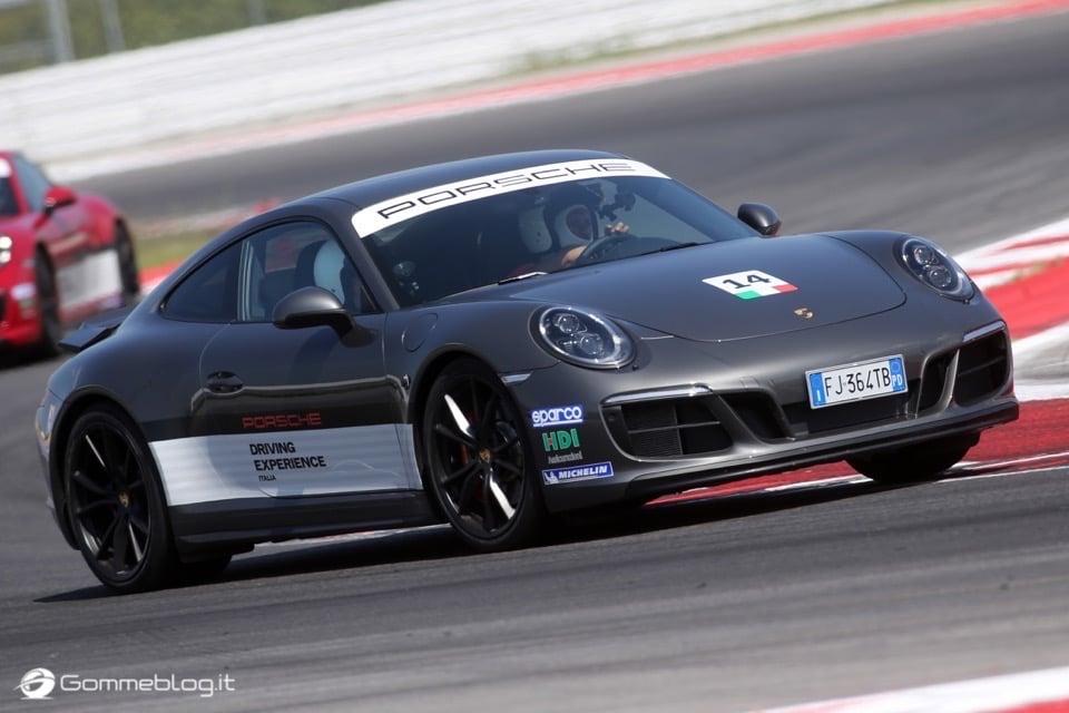Michelin e Porsche: Quando Gomme e Auto raggiungono l'eccellenza 38