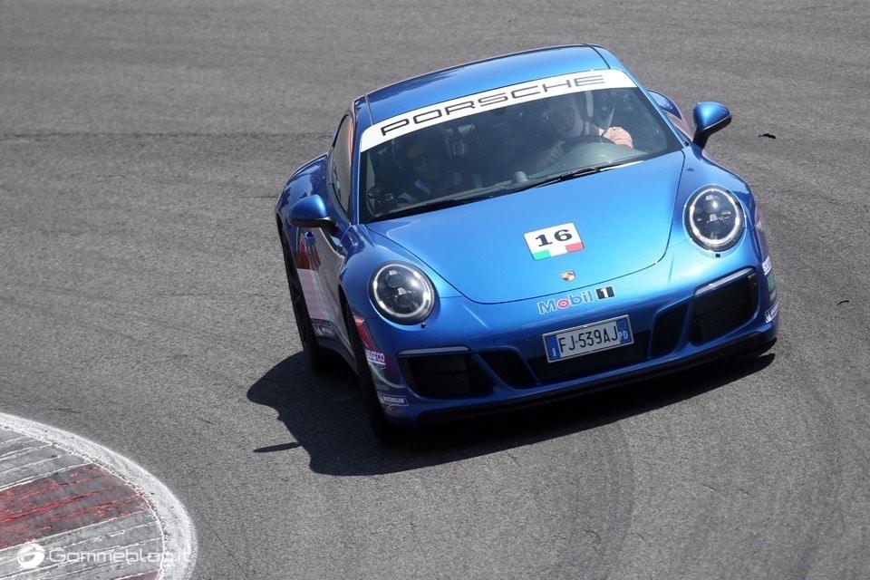 Michelin e Porsche: Quando Gomme e Auto raggiungono l'eccellenza 23