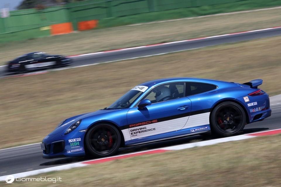 Michelin e Porsche: Quando Gomme e Auto raggiungono l'eccellenza 25
