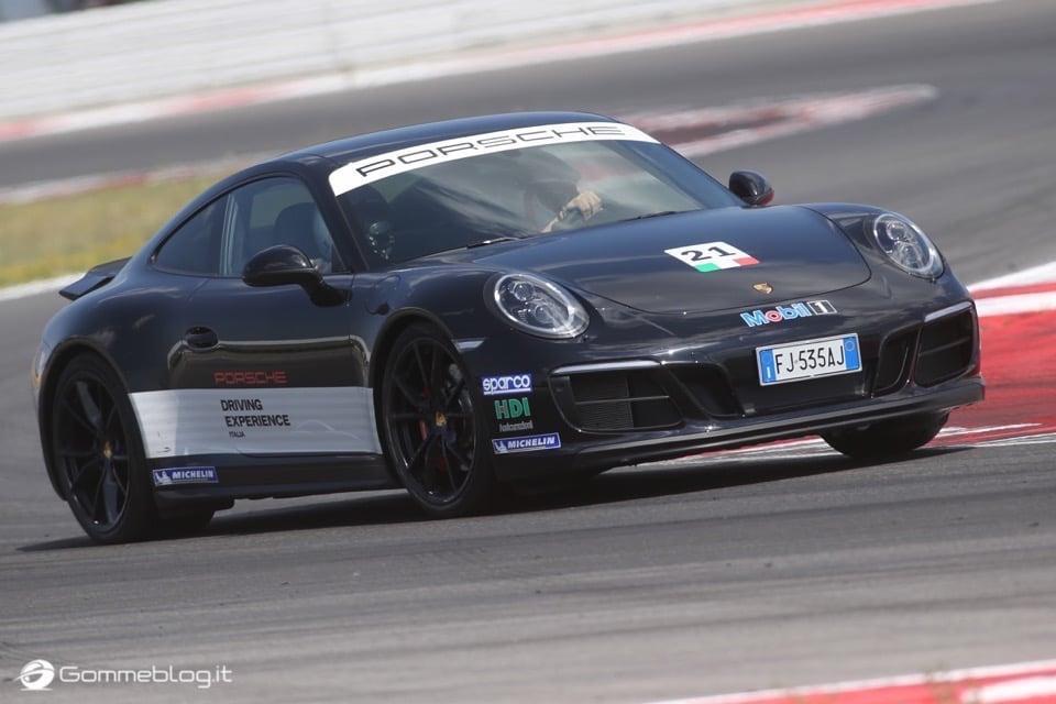 Michelin e Porsche: Quando Gomme e Auto raggiungono l'eccellenza 31