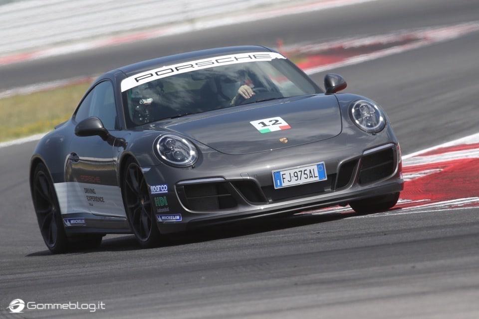 Michelin e Porsche: Quando Gomme e Auto raggiungono l'eccellenza 33