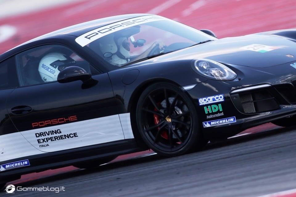 Michelin e Porsche: Quando Gomme e Auto raggiungono l'eccellenza 34