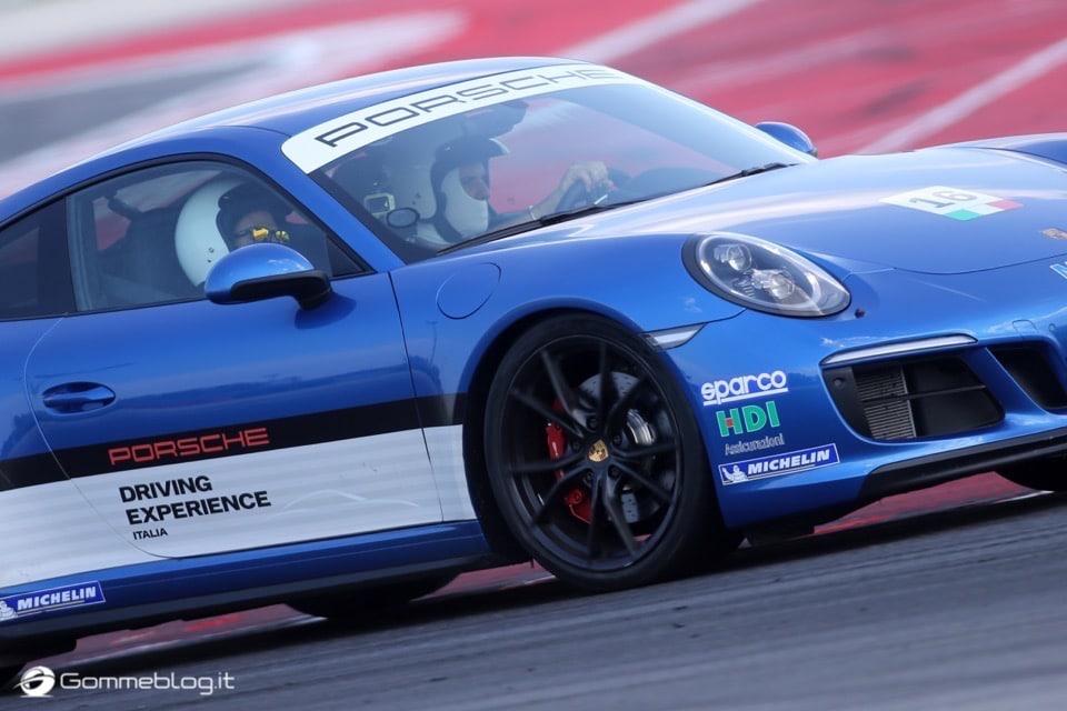 Michelin e Porsche: Quando Gomme e Auto raggiungono l'eccellenza 35