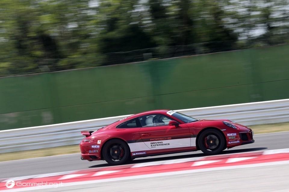 Michelin e Porsche: Quando Gomme e Auto raggiungono l'eccellenza 37