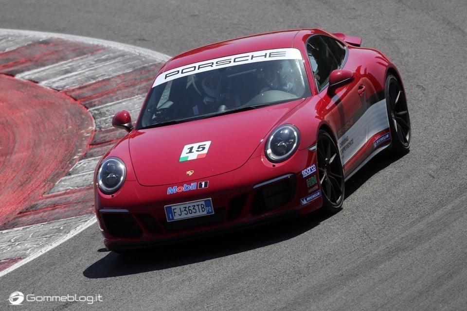 Michelin e Porsche: Quando Gomme e Auto raggiungono l'eccellenza 15