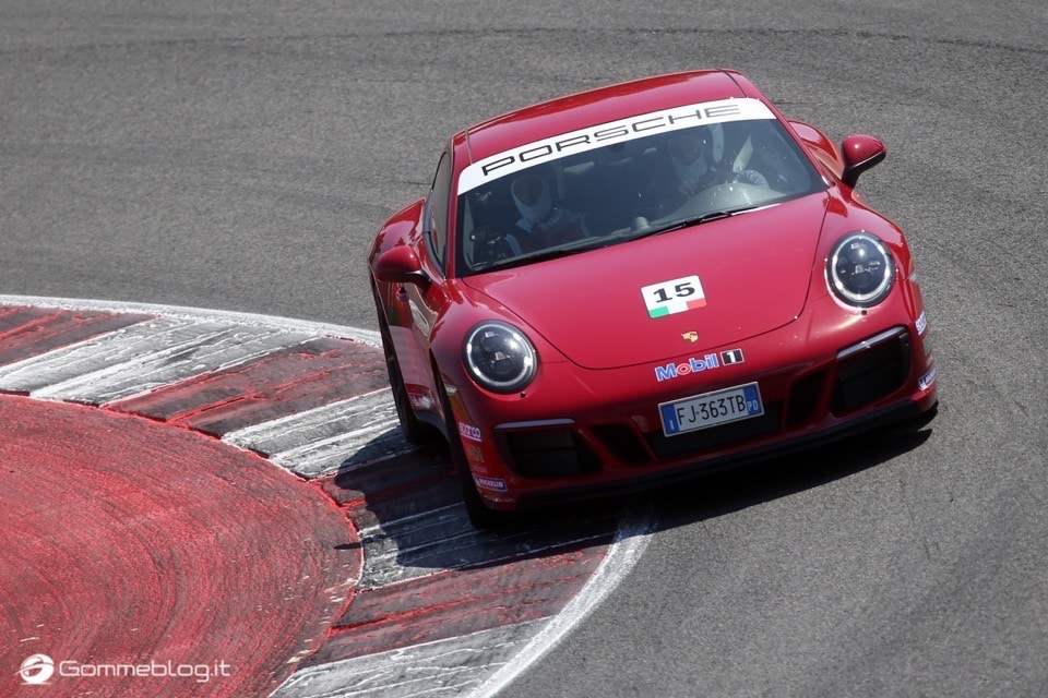 Michelin e Porsche: Quando Gomme e Auto raggiungono l'eccellenza 20