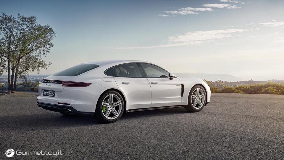 Porsche Panamera 4 E-Hybrid: VIDEO Prova in Pista a Misano 5