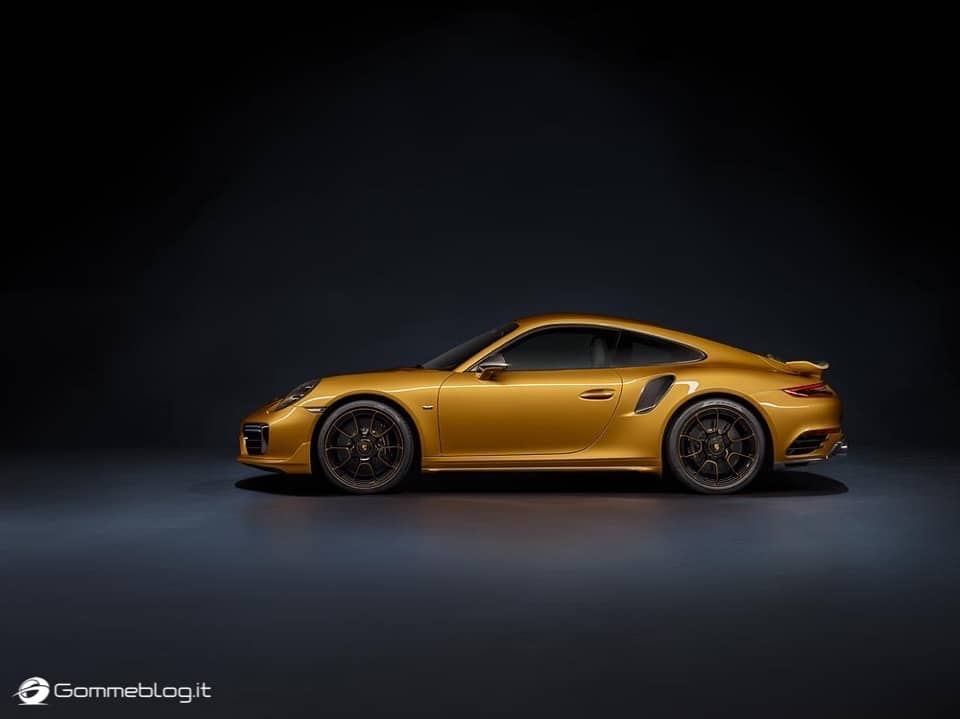 Porsche 911 Turbo S Exclusive Series: VIDEO COME è FATTA 18