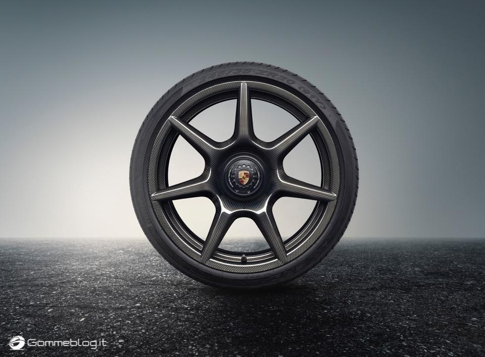 Porsche 911 Turbo S Exclusive: Cerchi in Lega in Carbonio 14