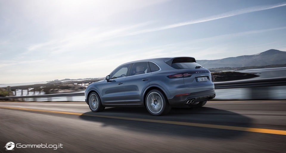 Nuova Porsche Cayenne: TOP Luxury SUV 13