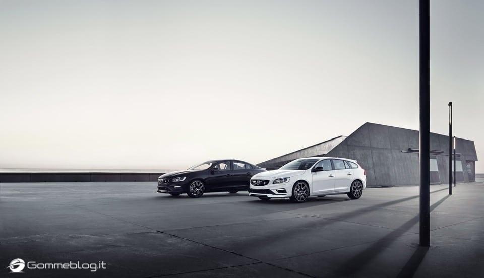 Volvo S60 e V60 Polestar: 367 CV, Aerodinamica Evoluta e Fibra di Carbonio 40
