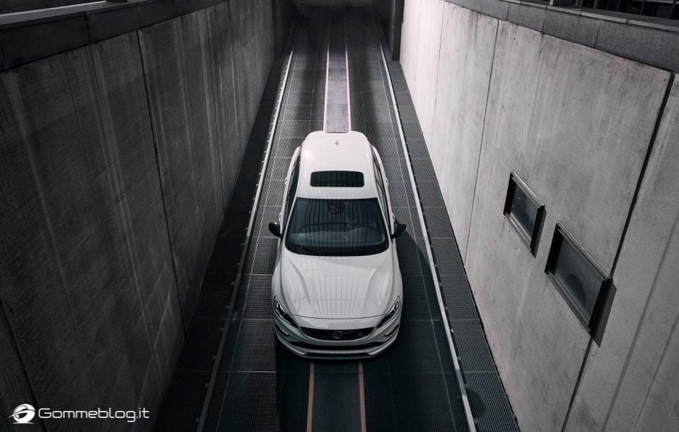 Volvo S60 e V60 Polestar: 367 CV, Aerodinamica Evoluta e Fibra di Carbonio 19