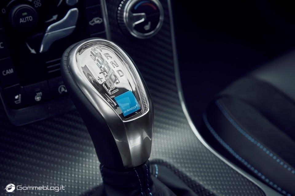Volvo S60 e V60 Polestar: 367 CV, Aerodinamica Evoluta e Fibra di Carbonio 11