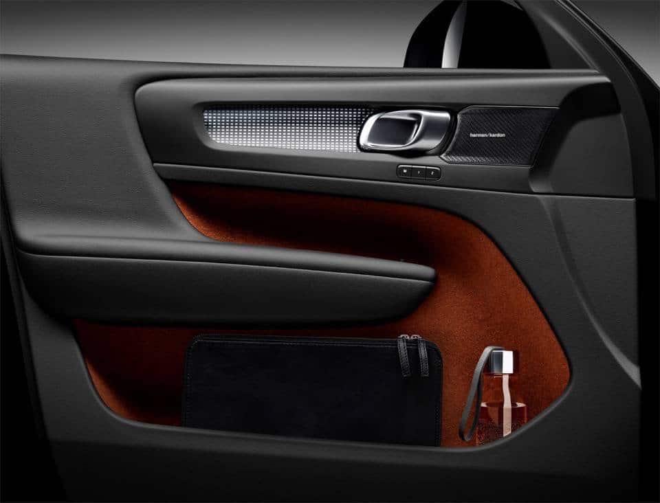 Volvo XC40: il nuovo SUV compatto di lusso 29