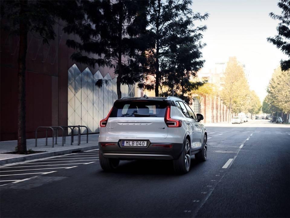 Volvo XC40: il nuovo SUV compatto di lusso 6