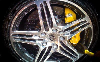 Protezione di cerchi e pneumatici: le linee guida del detailing