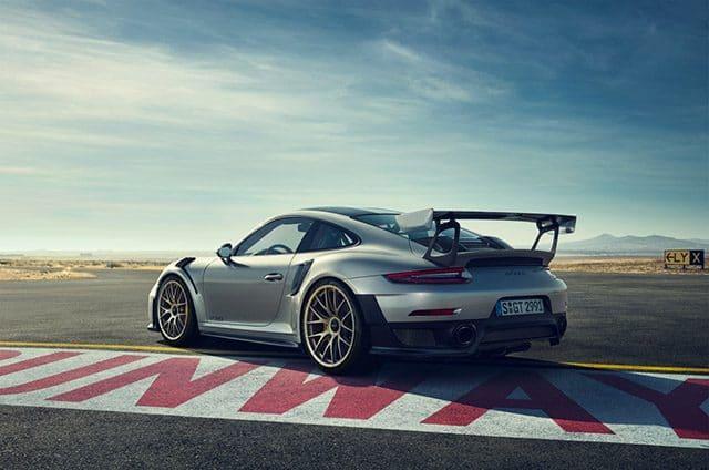 Dunlop Sport Maxx Race 2: Gomme Omologato da Porsche per la 911 GT2 RS 1