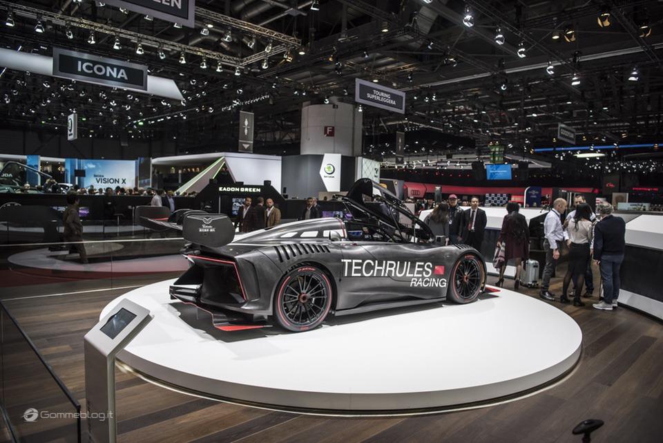 Pneumatici Pirelli: il 60% delle Supercar calza Gomme PZero 17
