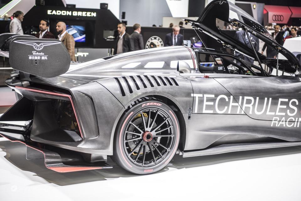 Pneumatici Pirelli: il 60% delle Supercar calza Gomme PZero 18