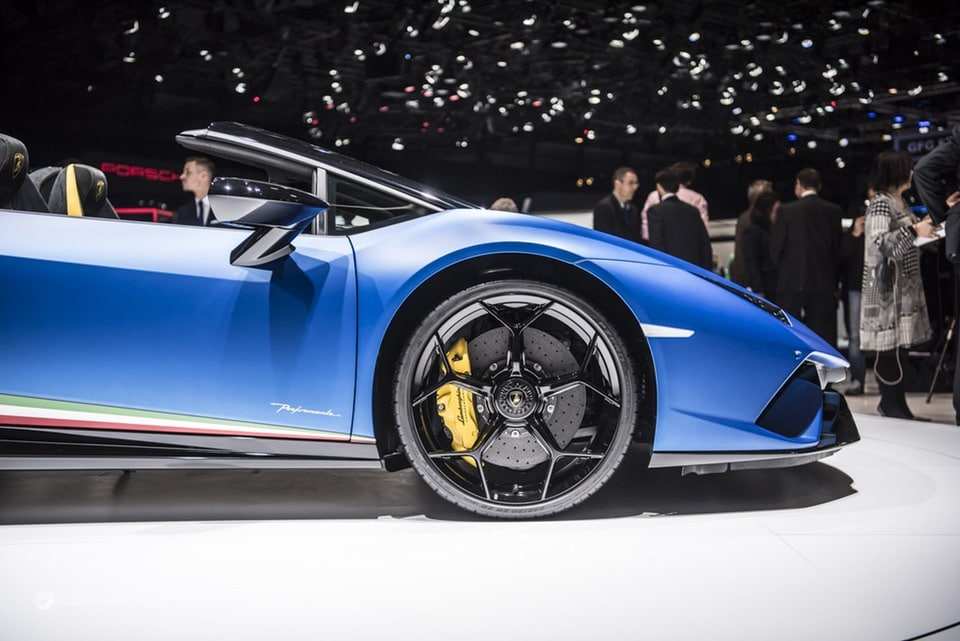 Pneumatici Pirelli: il 60% delle Supercar calza Gomme PZero