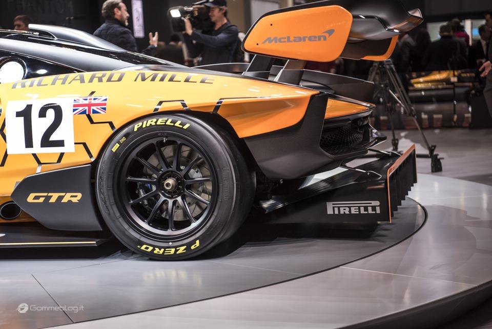 Pneumatici Pirelli: il 60% delle Supercar calza Gomme PZero 22