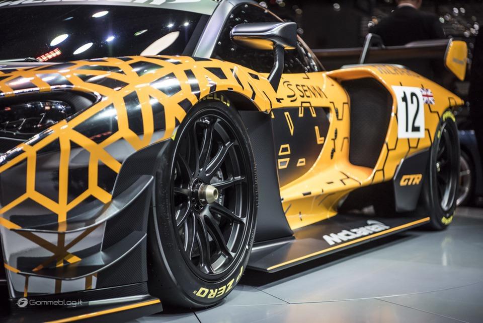 Pneumatici Pirelli: il 60% delle Supercar calza Gomme PZero 24