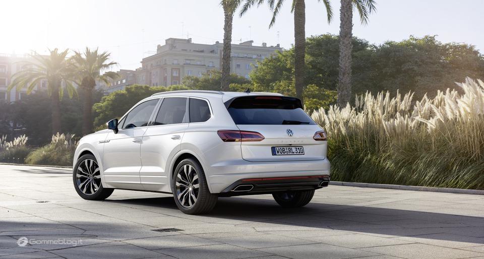 Nuova VW Touareg: Ecco come funziona la stabilizzazione del rollio 4