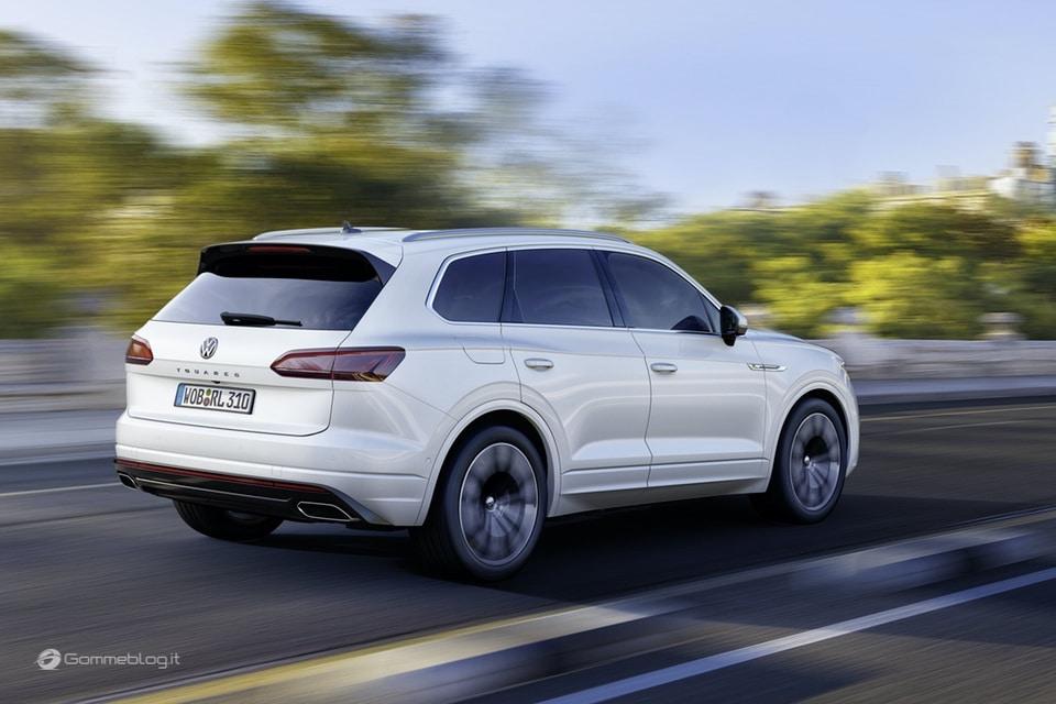 Nuova VW Touareg: Ecco come funziona la stabilizzazione del rollio 2