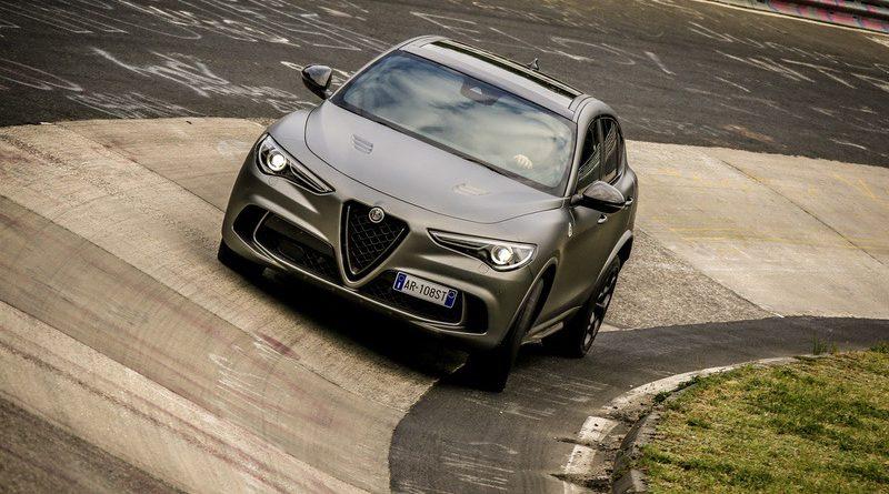 """Alfa Romeo Giulia Quadrifoglio e Stelvio Quadrifoglio """"NRING"""" 4"""