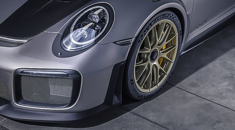 Michelin Pilot Sport Cup 2 R: Pneumatici semi-slick omologati stradali 2